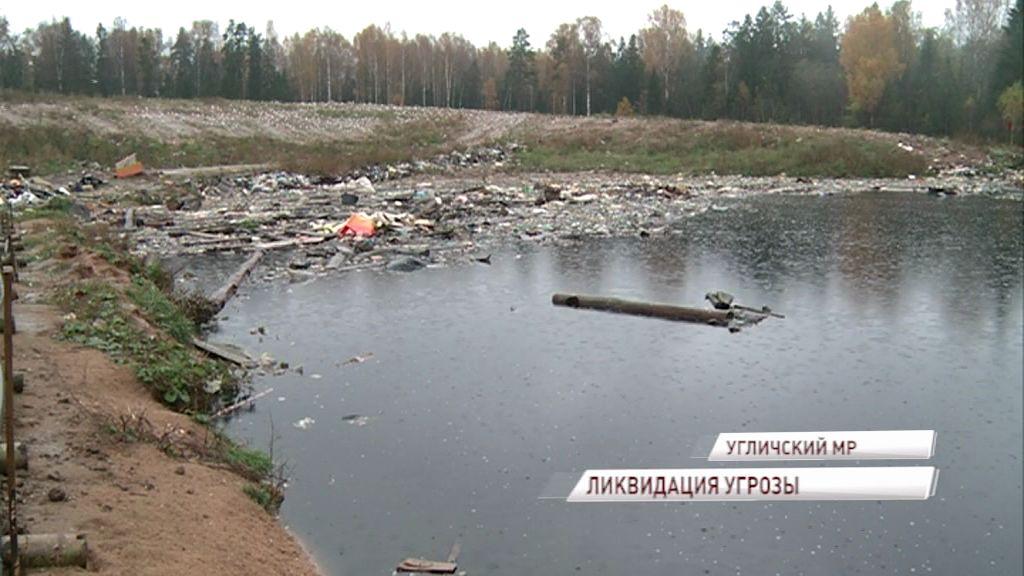 Законная свалка превратилась в экологическую бомбу: комиссия проверила мусорный полигон вблизи деревни Селиваново
