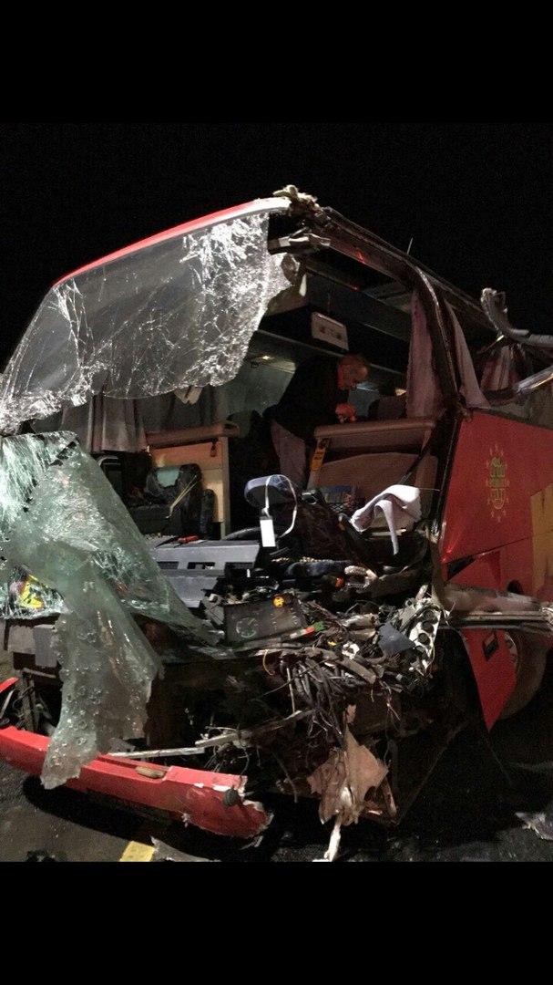 В ДТП в Ростовском районе попал автобус с хоккеистами «Локомотива»