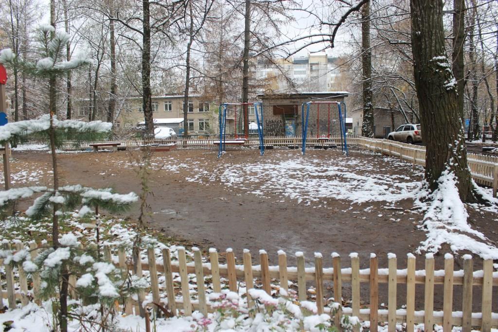 Управдом Дзержинского района запустил благоустройство территорий