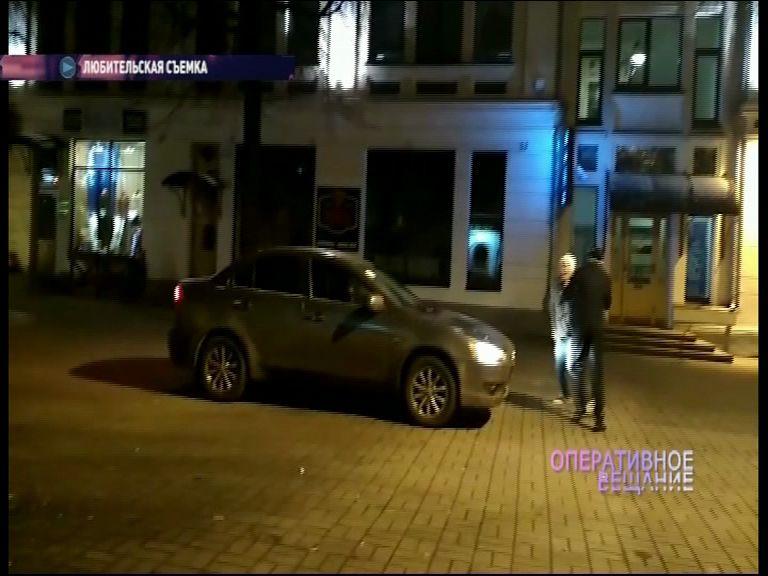ВИДЕО: ярославцы на дорогой иномарке устроили опасные развлечения на Кирова
