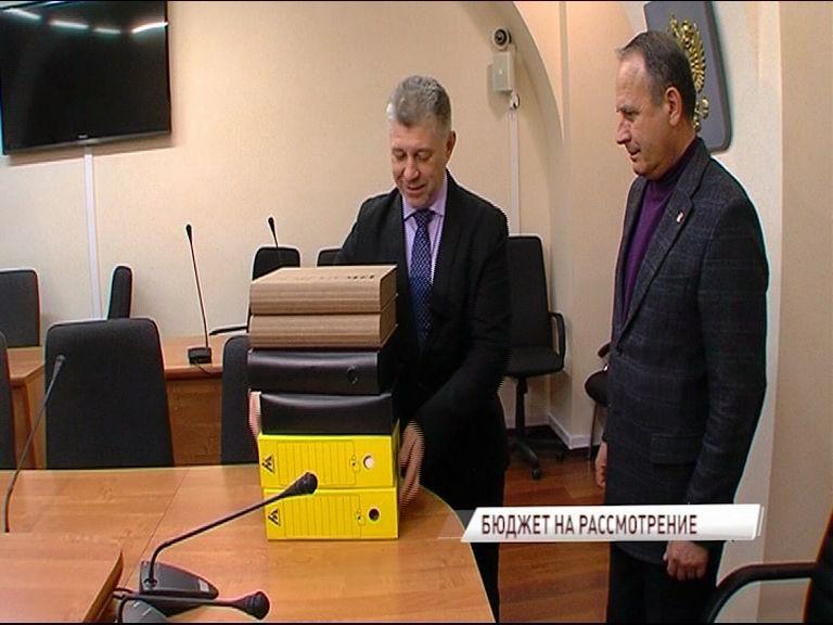 Дмитрий Миронов подписал проект бюджета на следующий год
