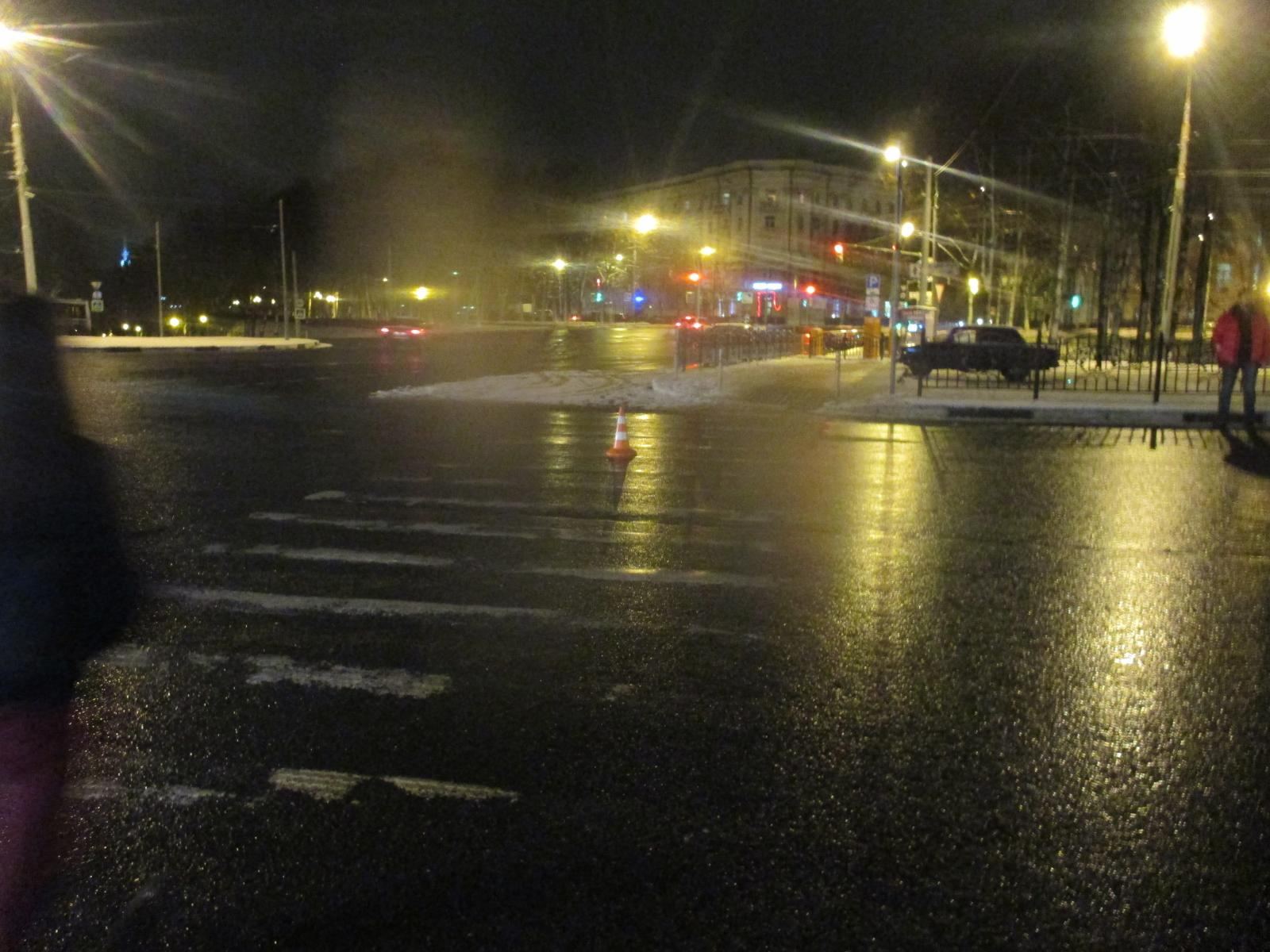 На Красной площади водитель иномарки сбил 62-летнюю пенсионерку