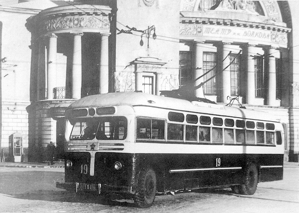 День истории: в Ярославле 68 лет назад запустили первый троллейбус