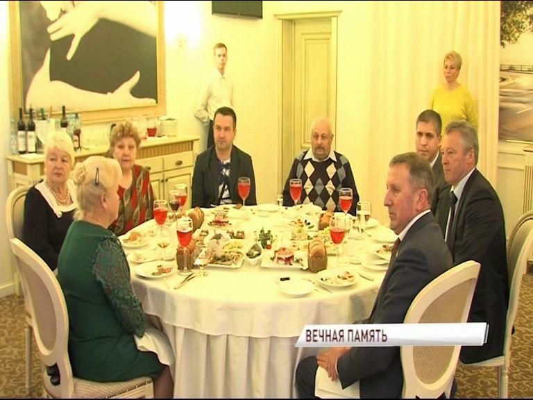 Дмитрий Миронов встретился с родителями сотрудников органов внутренних дел, погибших при исполнении служебного долга
