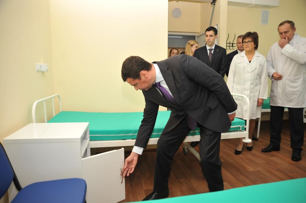 Дмитрий Миронов открыл обновленное нефрологическое отделение областной больницы