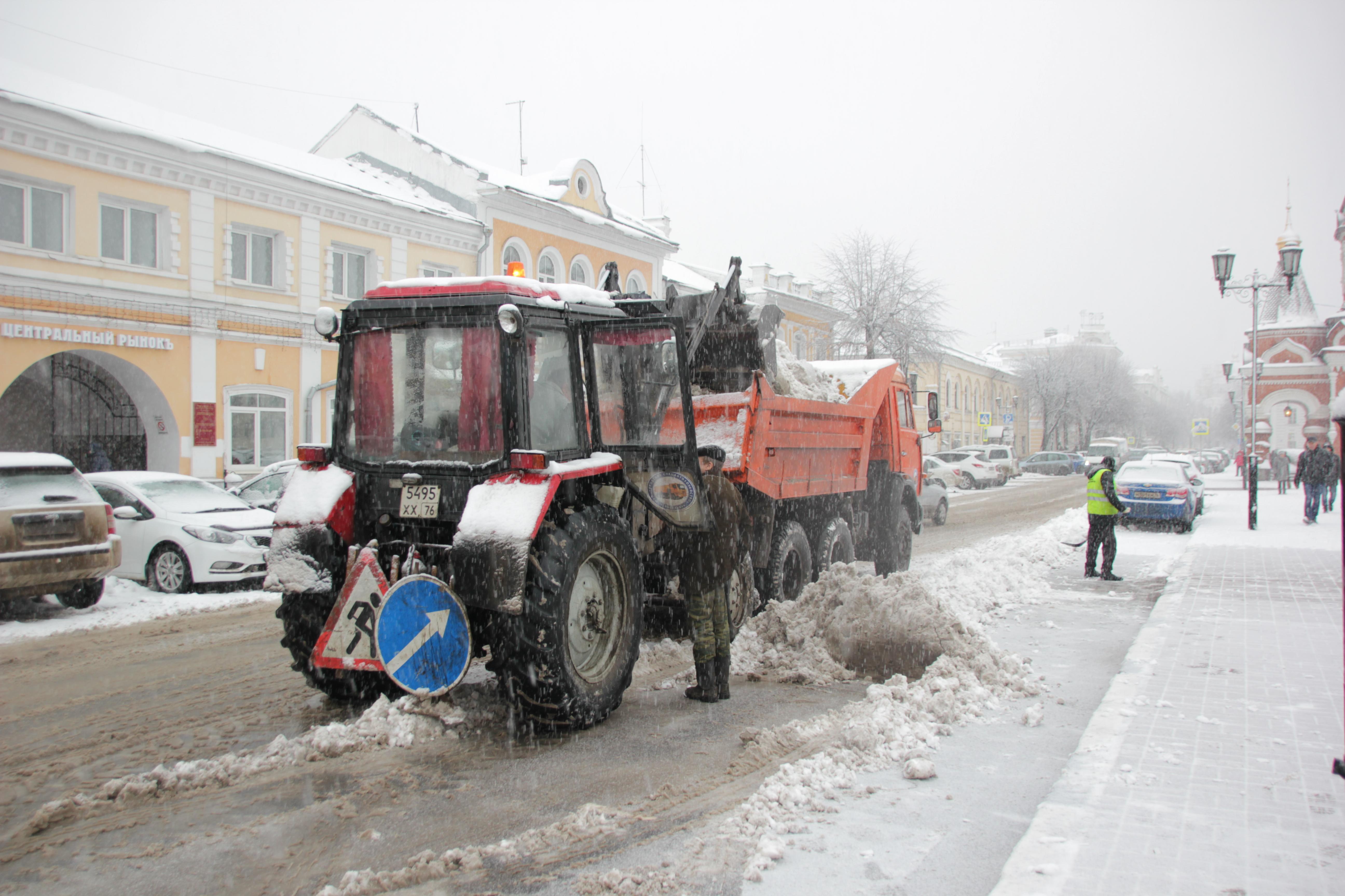 Мэрия: Работы по уборке города от снега ведутся в круглосуточном режиме