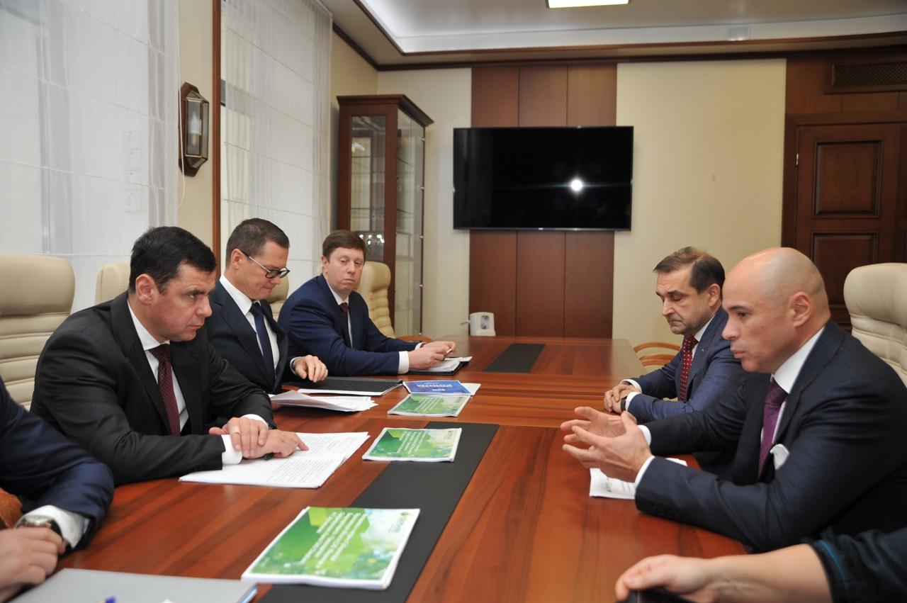 Дмитрий Миронов провел рабочую встречу с вице-президентом «Сбербанка»