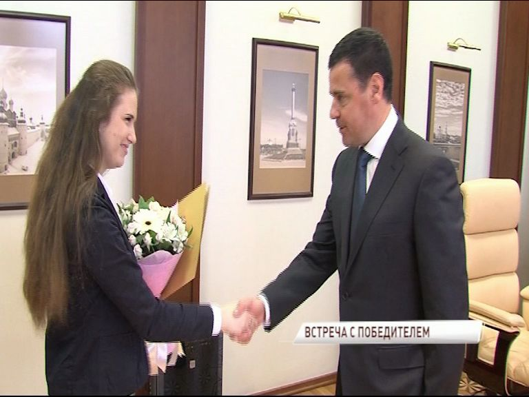Дмитрий Миронов встретился с участницей мирового чемпионата WorldSkills International