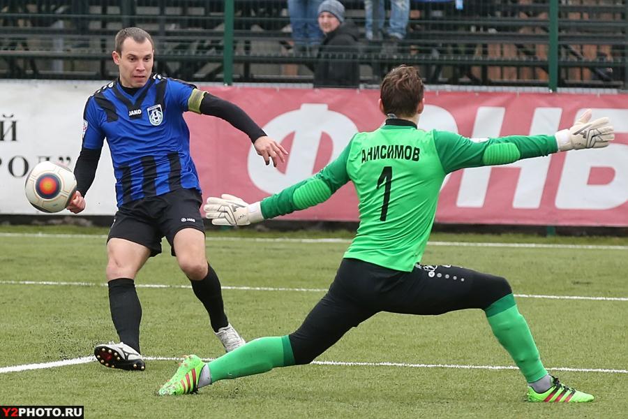 «Шинник» проиграл первый же матч на обновленном запасном поле