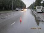 В Дзержинском районе в маршрутку врезались две иномарки
