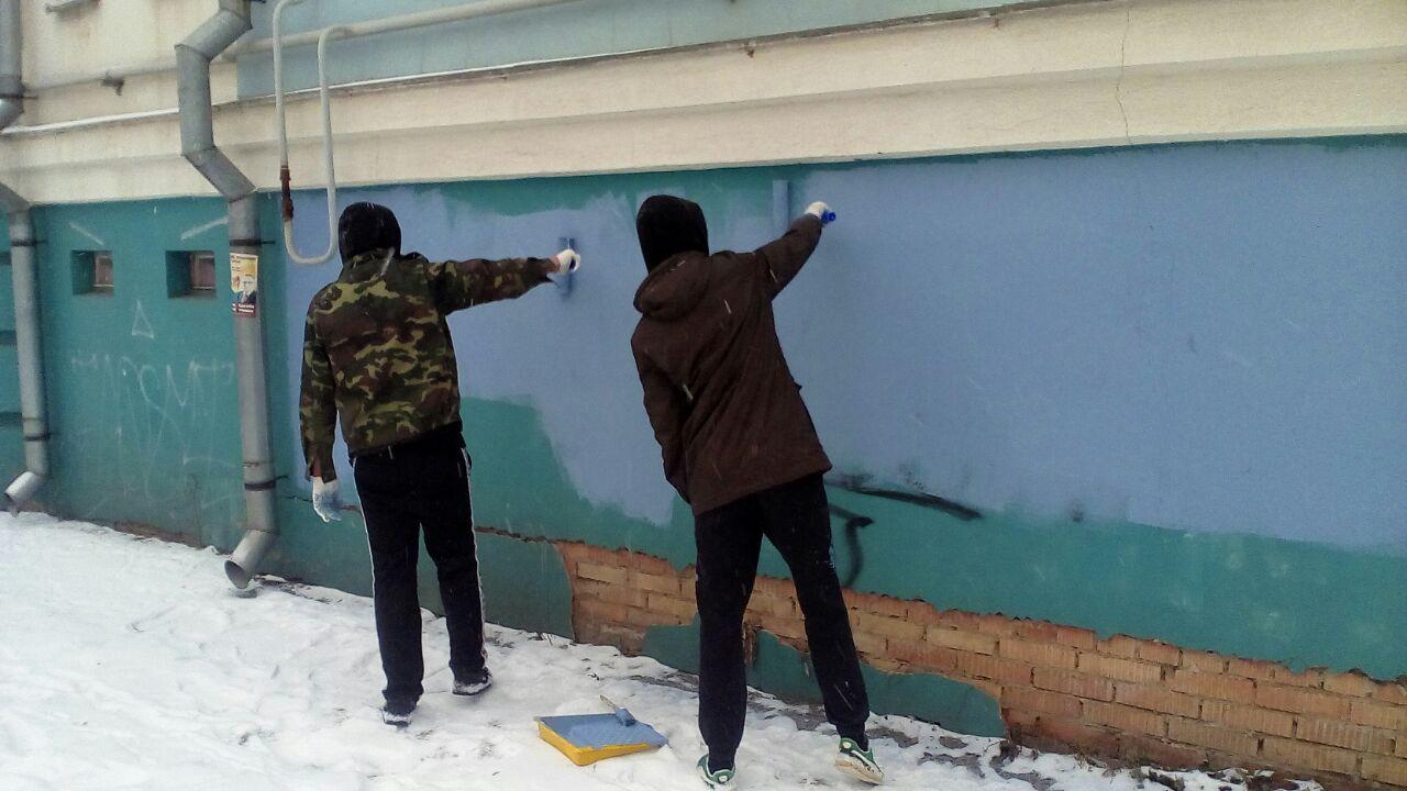 В ноябре в центральных районах Ярославля закрасили 60 вандальных надписей