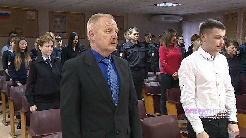 Сотрудники полиции почтили память старшего сержанта Сергея Суворова