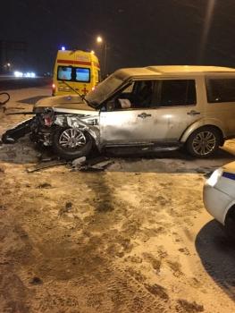 Крупная авария в Ярославле: на Промышленном шоссе столкнулись три иномарки