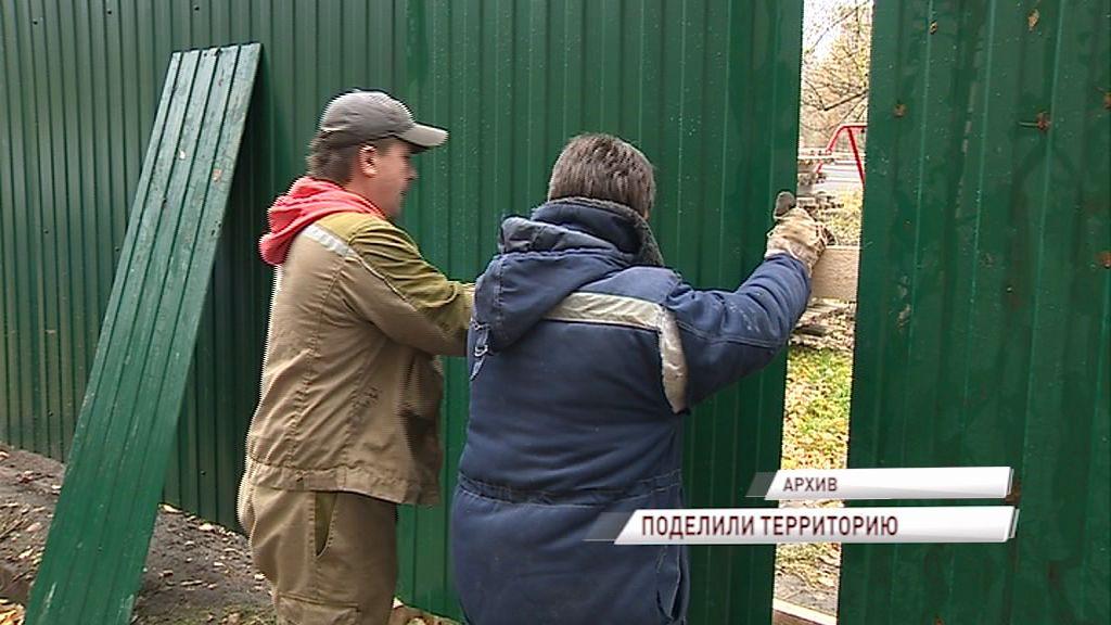 Прокуратура Ярославля провела проверку стройки, которая развернулась рядом с детским садом