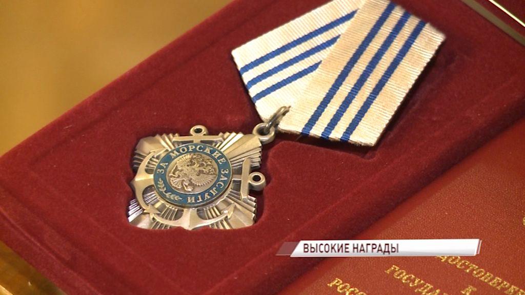 12 сотрудников рыбинского завода получили медали ордена «За заслуги перед Отечеством»