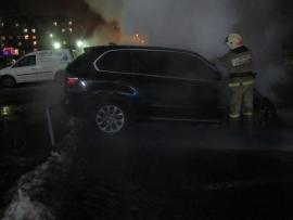 В Красноперекопском районе сгорел дорогой внедорожник