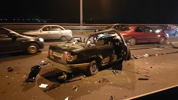 Новые подробности смертельного ДТП на Октябрьском мосту: Виновник аварии был мертвецки пьян