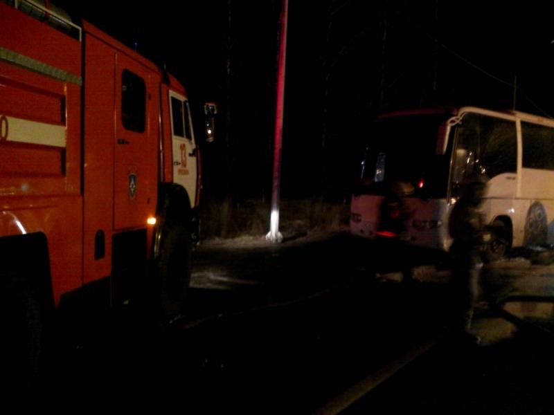 Под Ярославлем загорелся автобус с 44 пассажирами