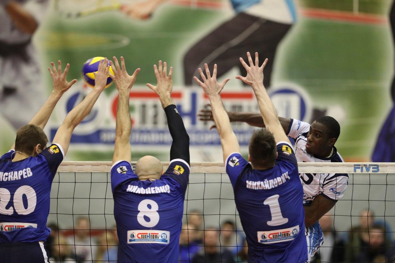 «Ярославич» проиграл «Енисею» и уступил красноярцам 11 место в таблице