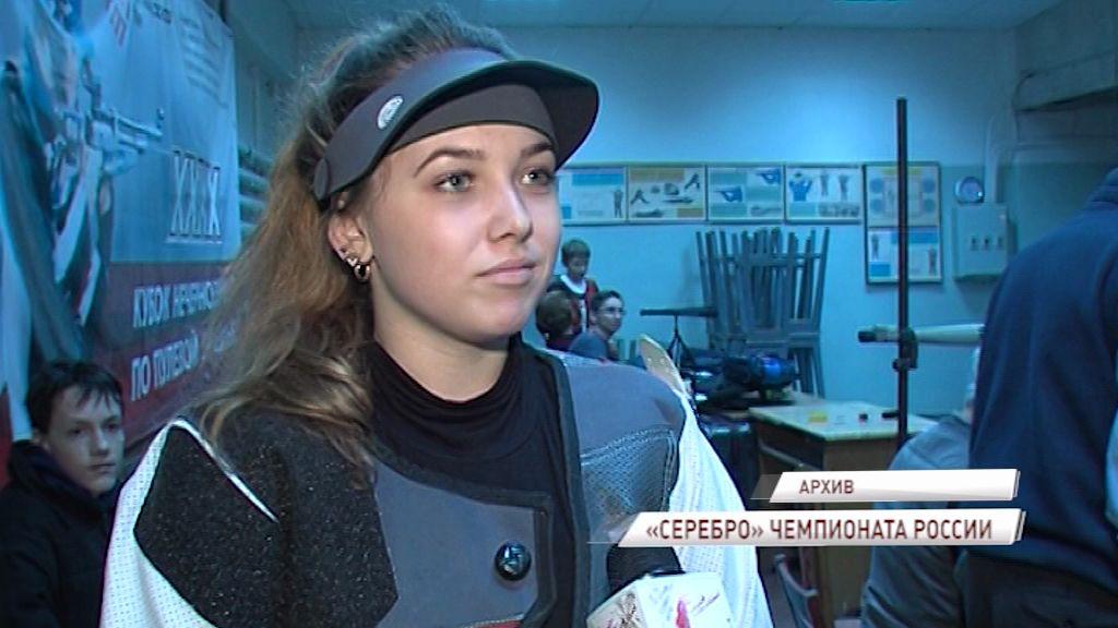 Анастасия Галашина выиграла вторую серебряную медаль на чемпионате России по стрельбе
