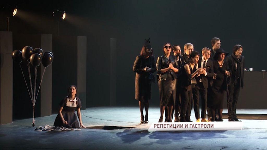 Режиссер «Петрова и Васечкина» ставит в Волковском театре музыкальный спектакль по своей же пьесе