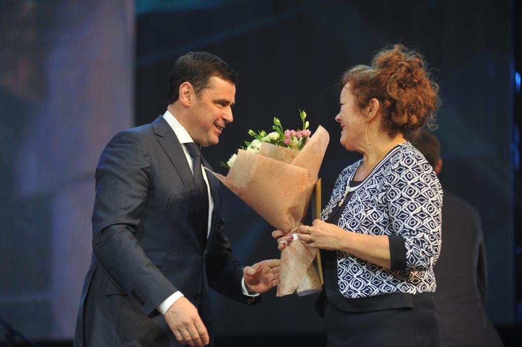 Дмитрий Миронов поздравил сотрудников и ветеранов «Техуглерода» с юбилеем предприятия