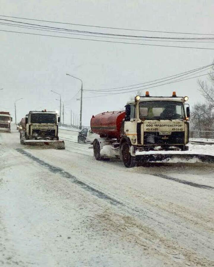 Снежный апокалипсис: мэр попросил у ярославцев понимания и терпения
