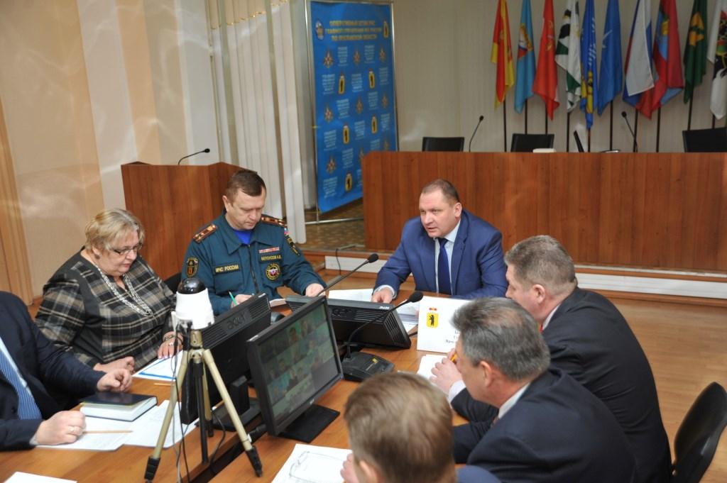 Андрей Шабалин призвал скоординировать работу всех служб для решения сложных ситуаций на дорогах
