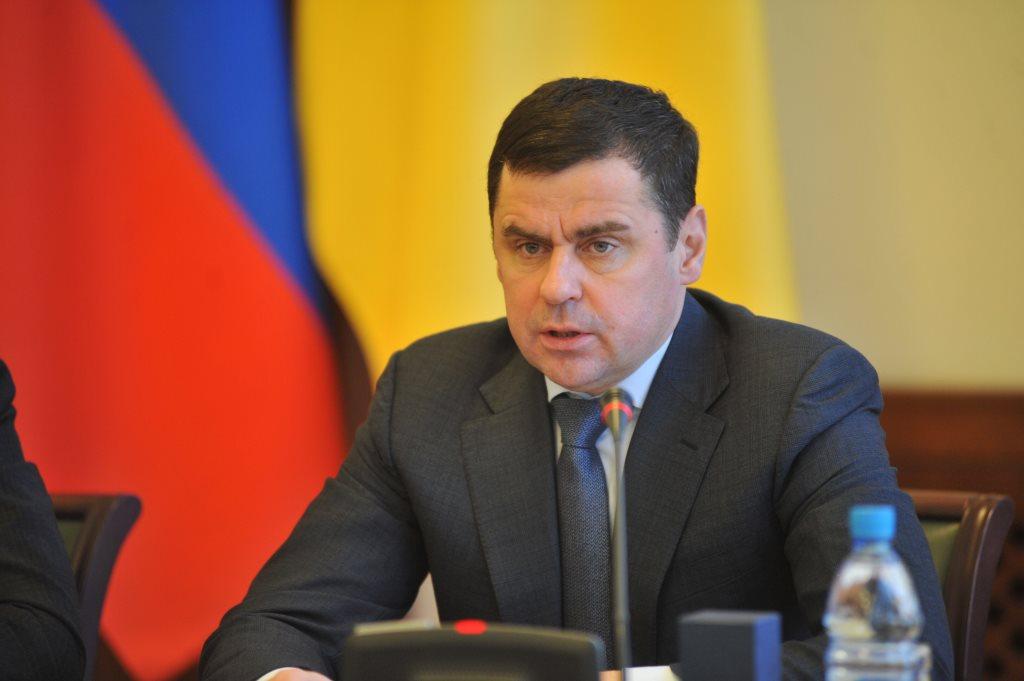 Дмитрий Миронов: «Необходимо в максимально короткие сроки организовать ликвидацию последствий снегопада»