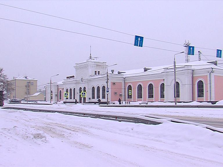 Ярославские ж/д вокзалы станут безопаснее: установлено оборудование для досмотра багажа