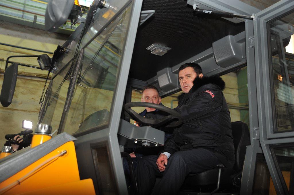 Дмитрий Миронов в Рыбинске: новый цех на птицефабрике, помощь вундеркиндам и реанимация завода катков
