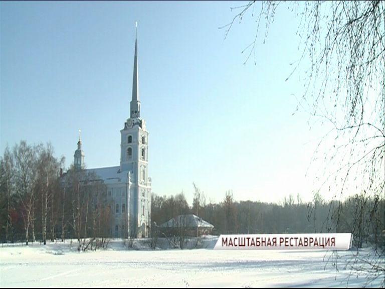 В Ярославле полным ходом идет реставрация церкви Петра и Павла