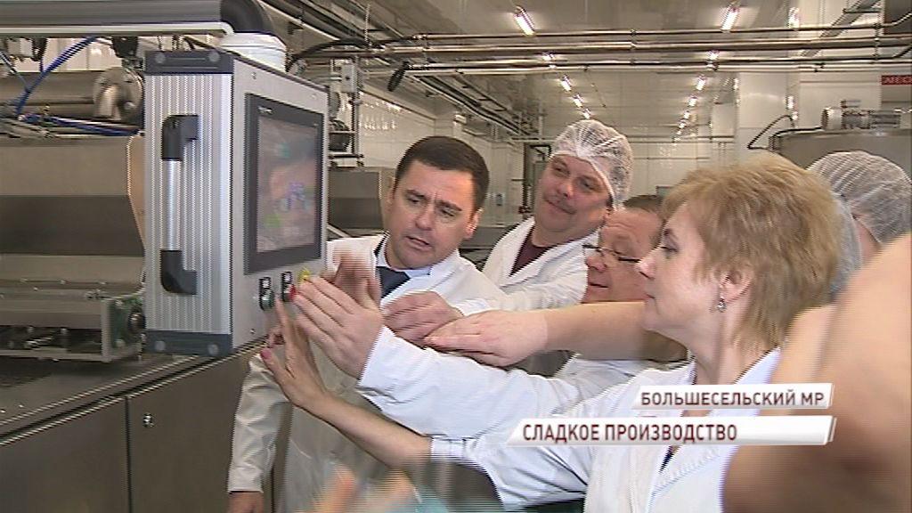 Дмитрий Миронов лично запустил новую шоколадную линию в Варегове