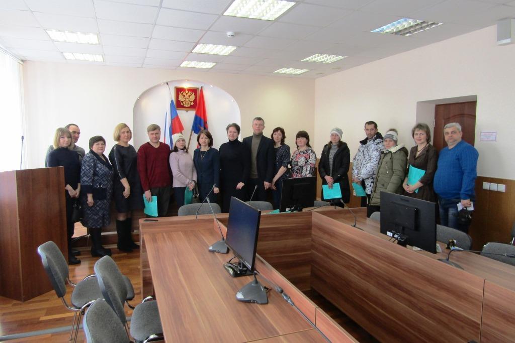 Многодетные семьи получили бесплатные участки в Рыбинском районе