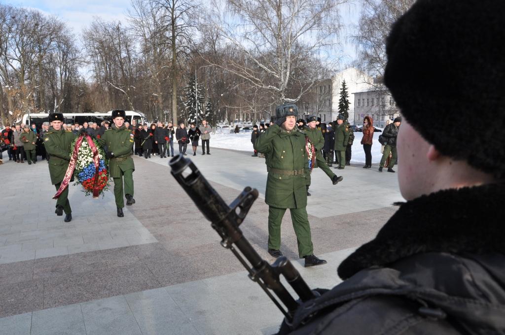 Школа №75 теперь будет носить имя Героя России Игоря Серова