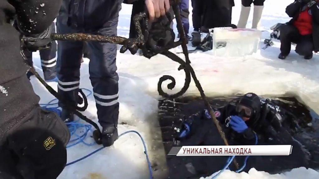 Со дна Рыбинского моря подняли уникальные кованные элементы, изготовленные более 400 лет назад