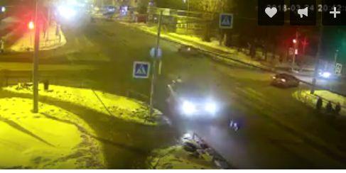 ВИДЕО: Жуткая смерть в Рыбинске: перебежал на «красный» и лишился жизни