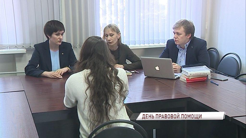 Жителей области бесплатно проконсультировали по вопросам семейного права в рамках проекта «Крепкая семья»