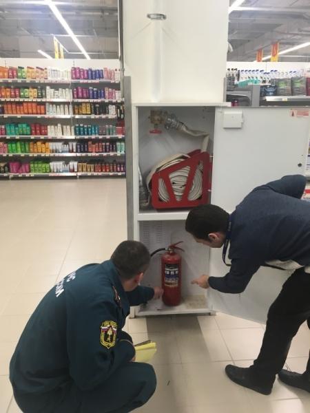 В Ярославской области проверят более 150 торговых комплексов в связи с трагедией в Кемерове