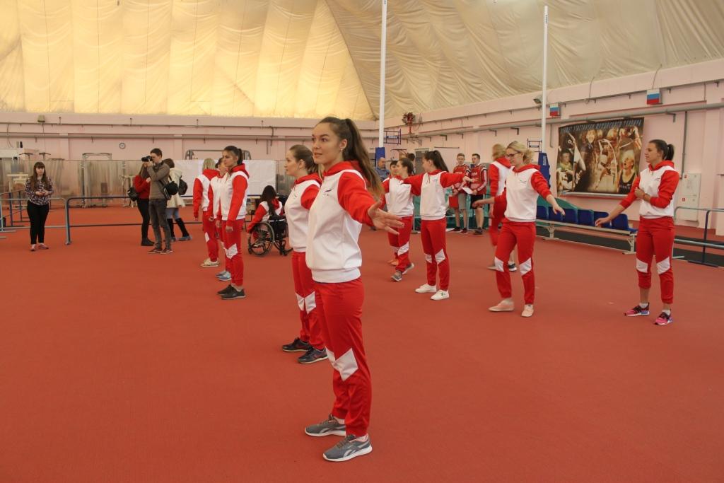 Красивые, талантливые, спортивные: участницы всероссийского конкурса «Чайка» сдали нормы ГТО
