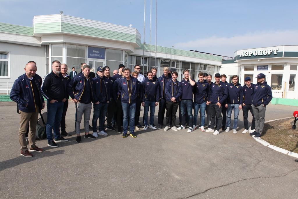 В Ярославль прибыла хоккейная сборная из Швеции на игру против российской сборной