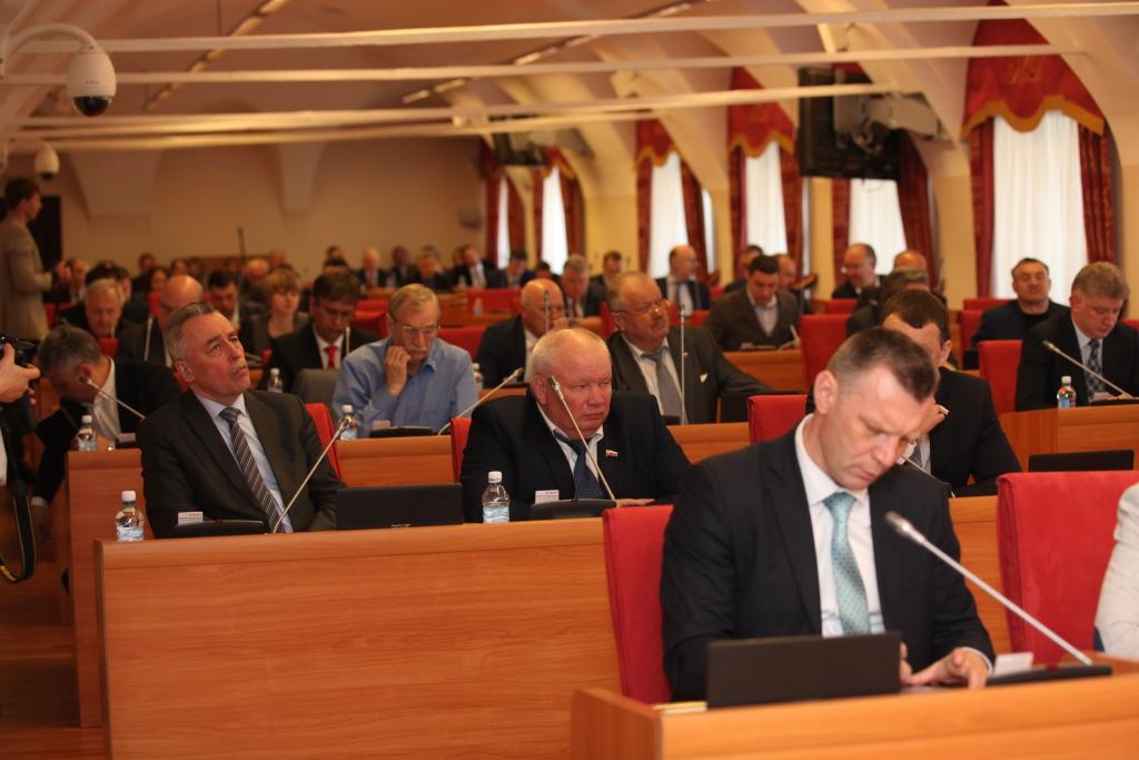 Выборы в областную думу пройдут по новым правилам: новый законопроект вызвал жаркую дискуссию