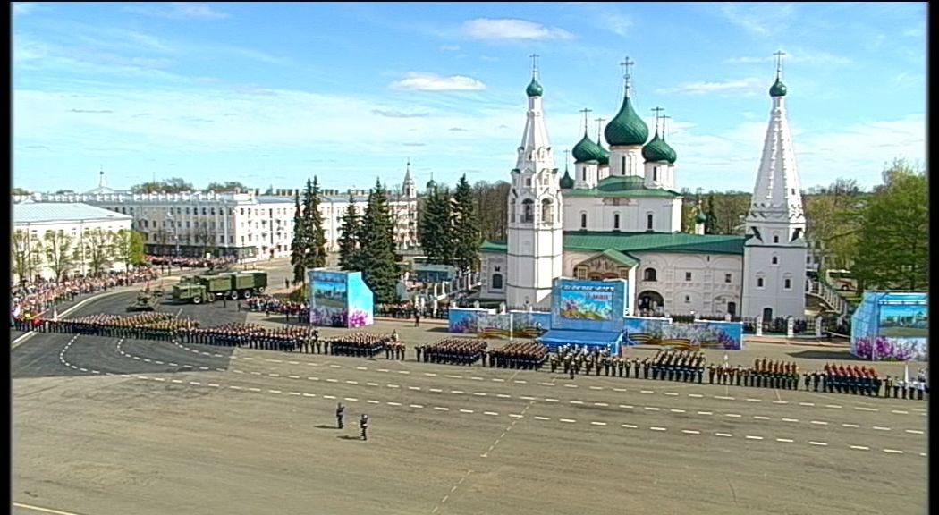 «Первый Ярославский» публикует полную версию парада на Советской площади