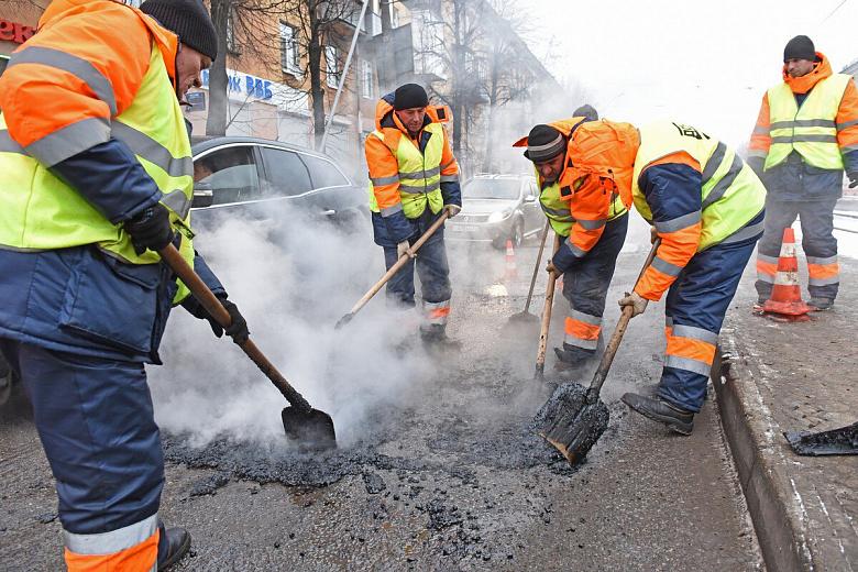 В мэрии сообщили о том, что в Ярославле заделано 80% ям