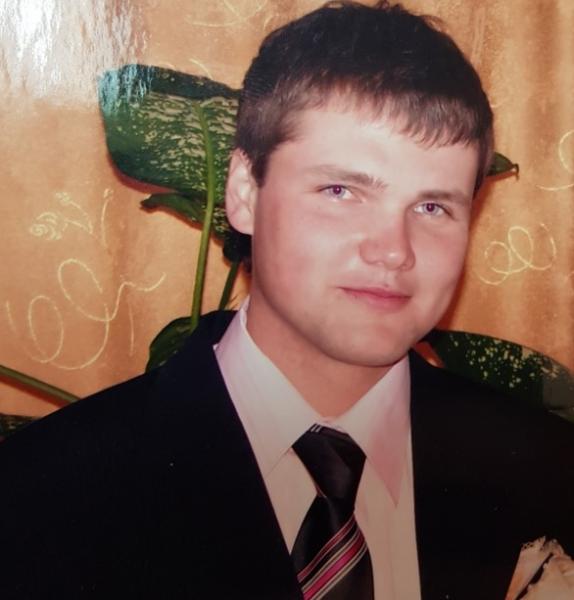 В Ярославле ищут 32-летнего мужчину в зеленой куртке с капюшоном