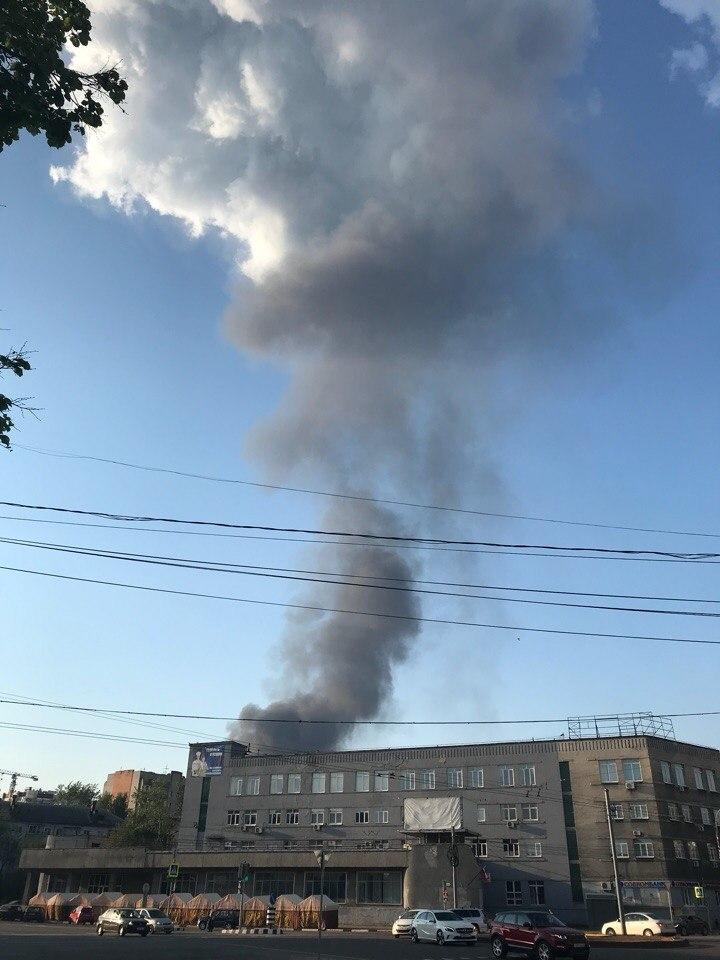 В Ярославле горит недалеко от того места, где прошлым летом был еще один крупный пожар