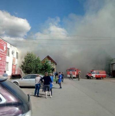 Крупный пожар на Всполье: огонь охватил площадь в 600 квадратных метров
