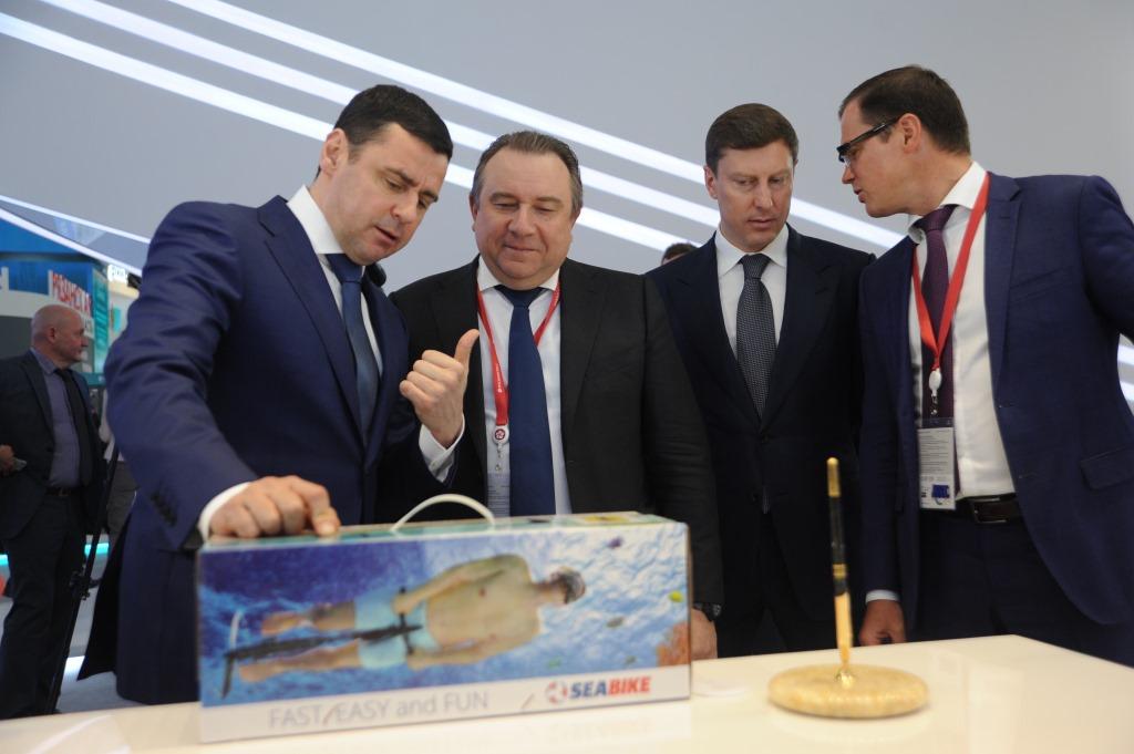 Дмитрий Миронов сообщил об итогах работы ярославской делегации на ПМЭФ-2018