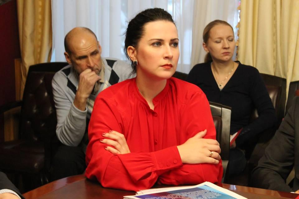 Любовь Сурова отказалась от участия в праймериз