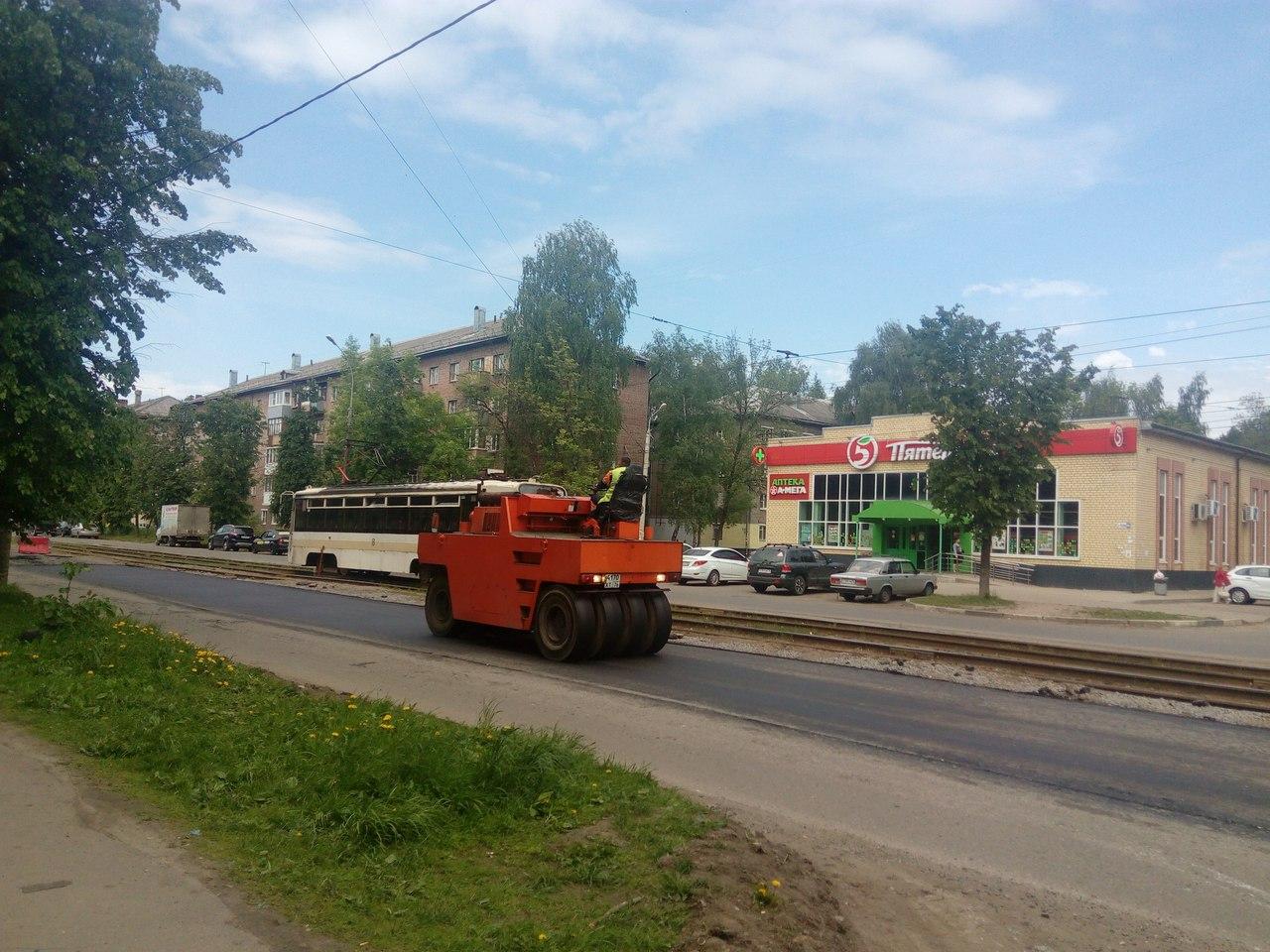 На улицу Чкалова в Ярославле пригнали дорожную технику: неужто свершилось?